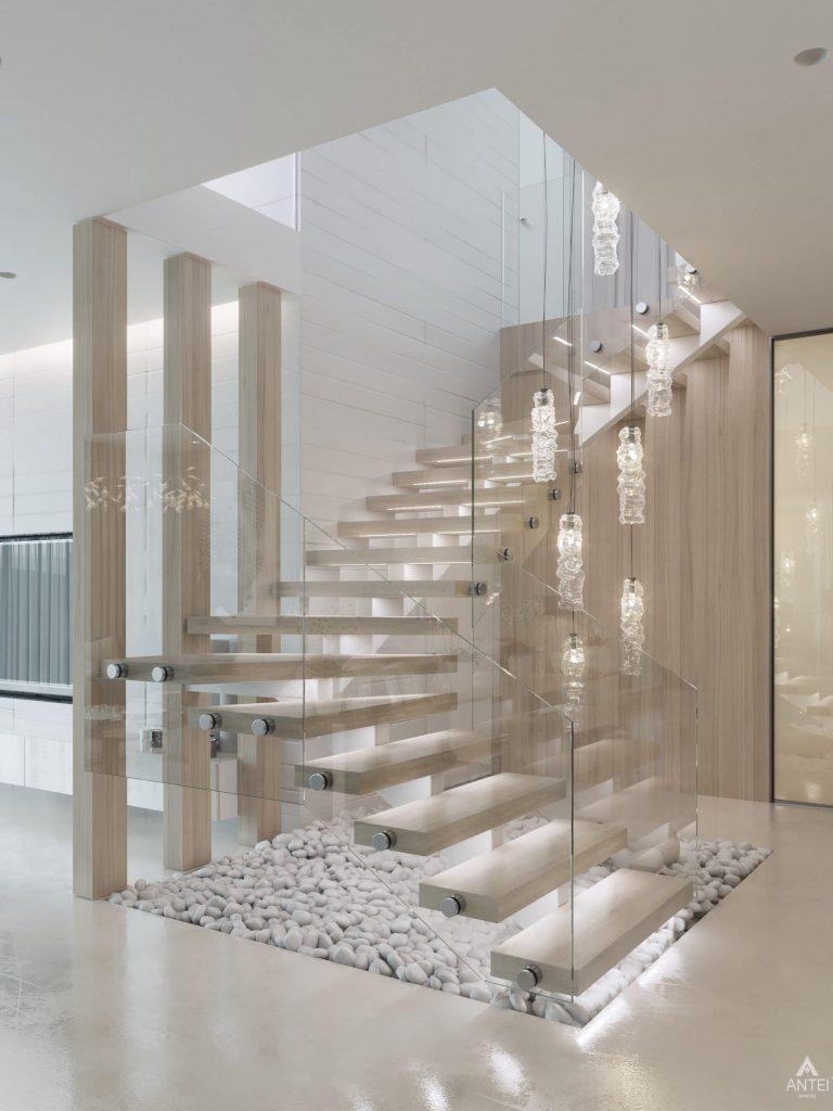 Дизайн интерьера двухэтажного дома в Гомеле - лестница фото №2